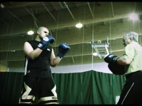 Adrian Majki Jurek demo kickboksing