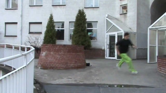 The first spring trainings – Arash[Parkour Lublin]
